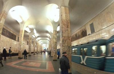 Пассажиров московского метро обязали предъявлять билеты по требованию контролеров турникетных линий