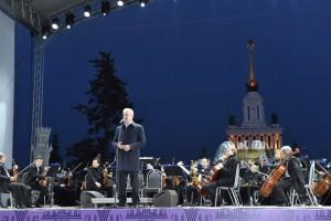 Мэр Москвы Сергей Собянин на запуске фонтанов