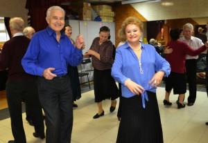 Традиционная дискотека для пенсионеров пройдет в «Ветеранском дворике»