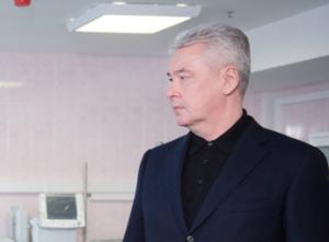 Собянин лично поблагодарил доктора, сделавшего впервые в России операцию на печени новорожденного