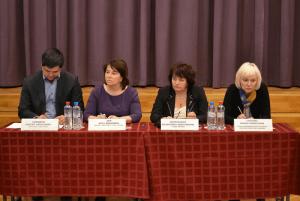 На встрече главы управы Валентины Козельской с населением