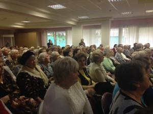 Долгожителей района Орехово-Борисово Южное поздравляют с юбилеем