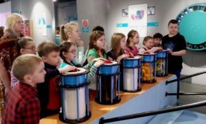 Дети принимали участие во всех опытах и экспериментах