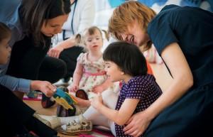 """В ЮАО проходит благотворительная акция для воспитанников центра """"Вера. Надежда. Любовь"""""""