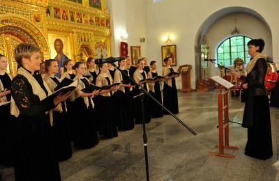 Пасхальный фестиваль клиросных хоров под названием «Пойте Богу нашему, пойте…» прошел в храме Покрова Пресвятой Богородицы