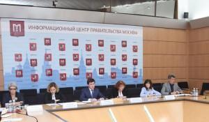 Около 80% учеников московских школ планируют привить в новом учебном году