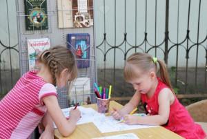 Помимо тематической книжной выставки, сотрудники приготовили задание для ребят
