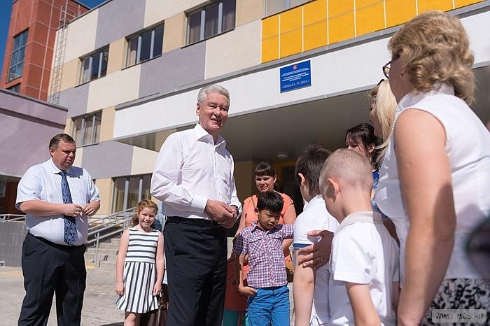 Пятнадцать детсадов ишкол было сооружено в столицеРФ ссамого начала года— Собянин