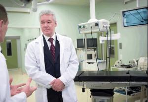 Мэр Москвы Сергей Собянин поблагодарил врачей ДГКБ№9 за уникальную операцию, спасшую ребенка