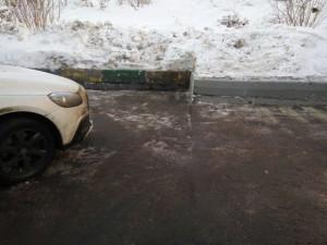 Очищенная от снега дворовая территория по адресу: Воронежская улица, дом 11, корпус 4