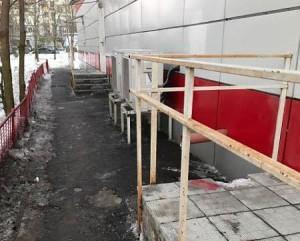 Территория улицы после очистки от снега