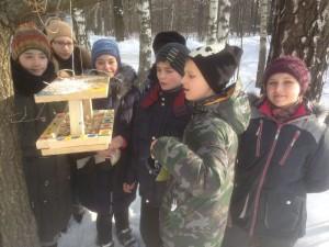 Участники акции «Покормите птиц зимой»