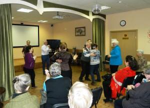 Бардовскую музыку послушали получатели соцуслуг района