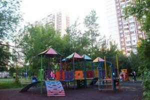 Детская площадка в районе Орехово-Борисово Южное